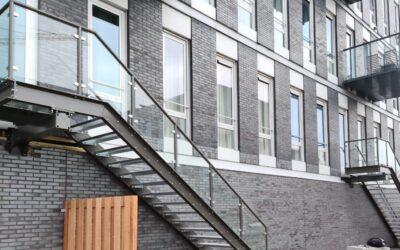 2 stalen trappen De Binck Den Haag